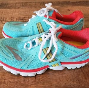 Brooks PureCadence Size 6